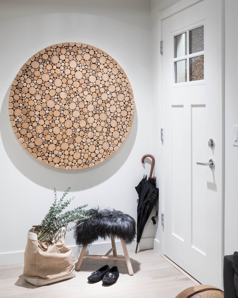 Alder Disk in front entry