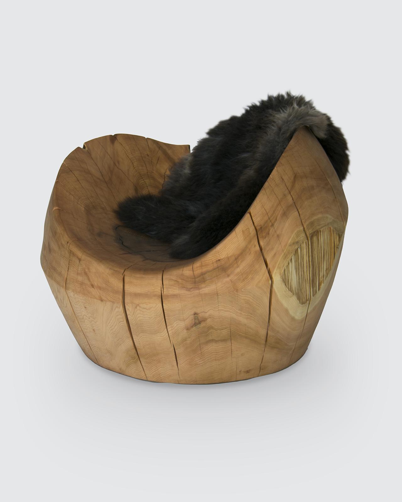 Nest - Cedar Lounger with sheepskin